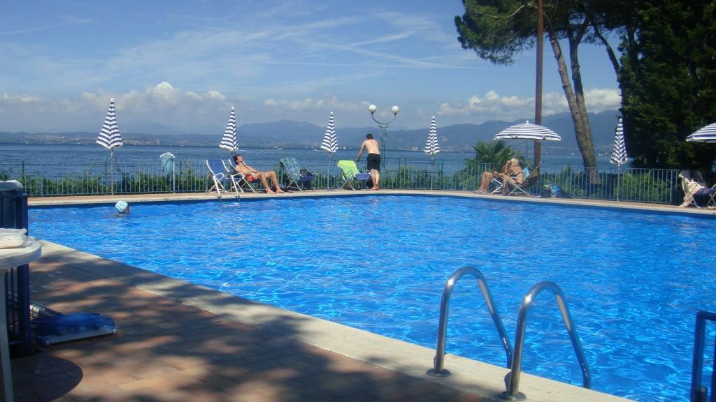 Hotel a bardolino vela d 39 oro hotel sul porticciolo di - Hotel con piscina verona ...
